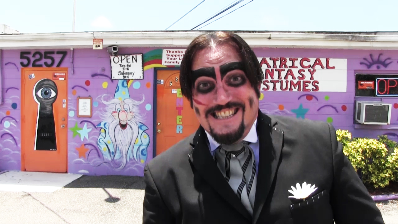 Dr. Paul Bearer costume shop