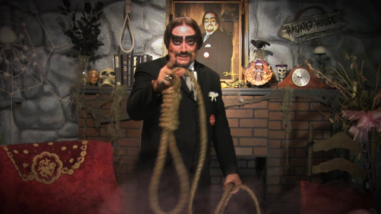 Dr. Paul Bearer noose